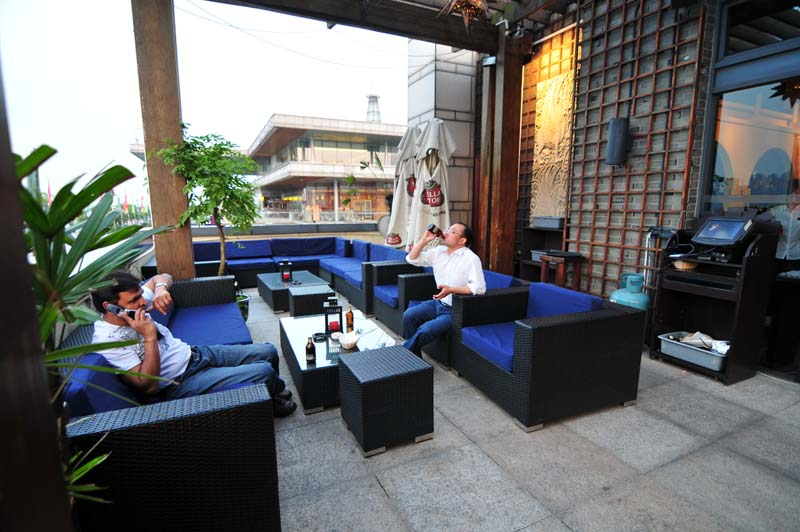 open air chill out lounge im Zapatas