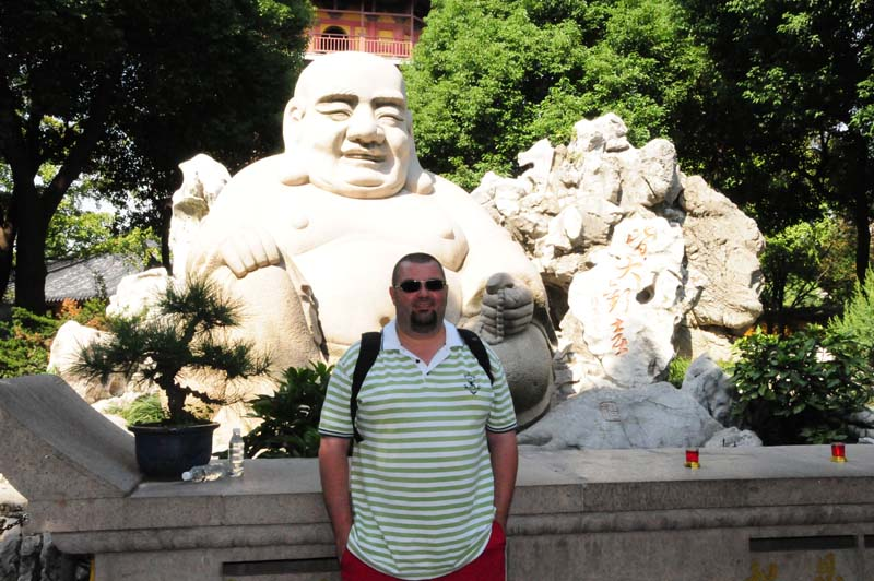 little and big Buddha